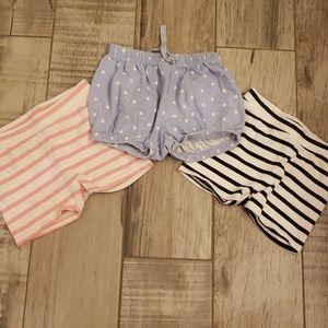 3 pair of GAP shorts